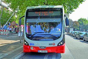 Testfahrt mit dem Elektrobus der KVB